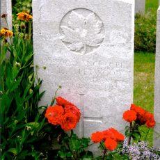 Thomas-Fleetwood's-Headstone